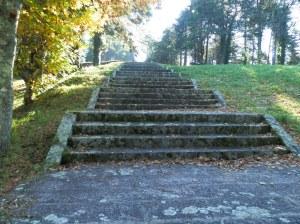 Escalinata al monumento del Sagrado Corazón